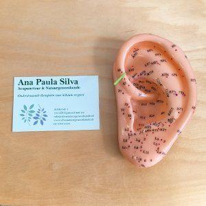 ooracupunctuur met naald ana paula silva natuurgeneeskunde en acupunctuur